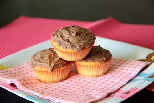 Cupcake vaniglia con glassa stracciatella