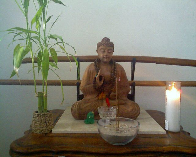 Buddhist Altars In The Home Home Altar Flickr Photo Sharing Meditation Room Pinterest