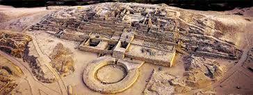 04 – Conformaron la cultura Caral-Supe, desvanecida hacia el 1800 aC.