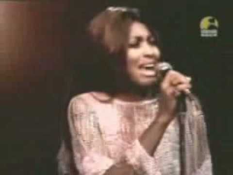 Tina Turner - Rolling On The River (Proud Mary) - 1971