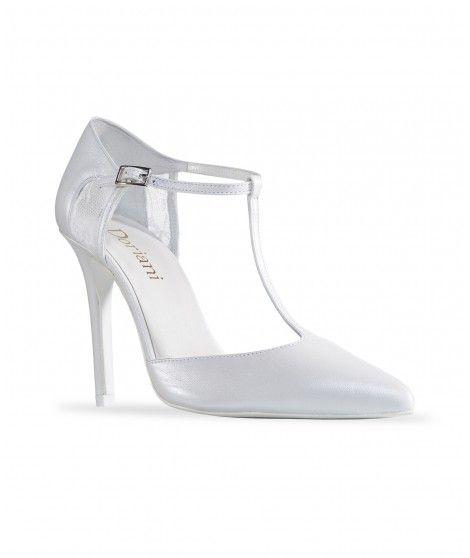 Zapato de novia en piel con pulsera al tobillo y puntera en pico