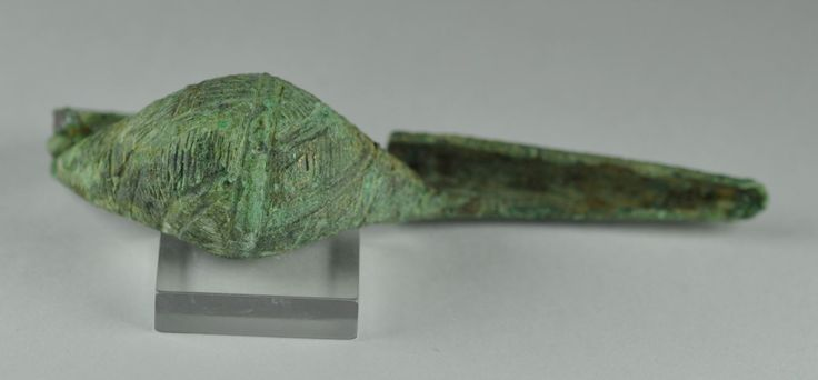 Etruscan bronze fibula, 7.2 cm long. Private collection