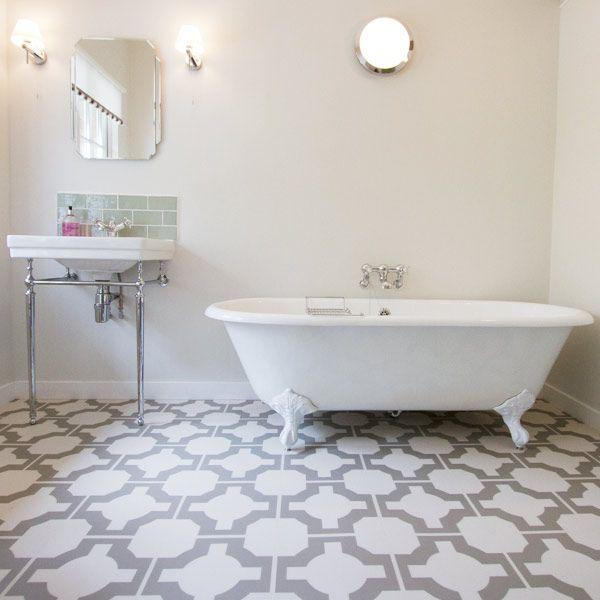 Parquet stone bathroom