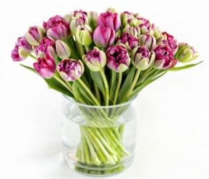 Flowers for Mother's Day: Monochromatic flower bouquet, lovely Mothers Day Flowers for NYC delivery by GabrielaWakeham.com or by calling +1(917)962-0033.