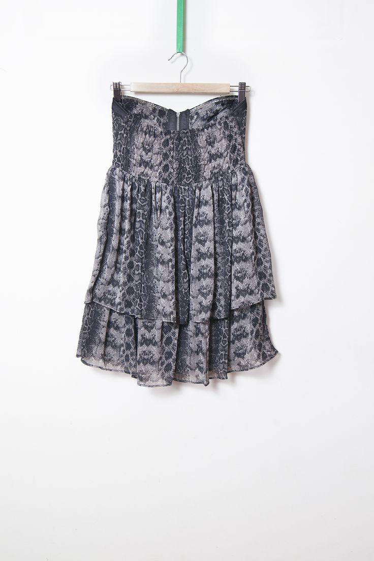 rochie gri chiffon snake print - 50 Lei brand: Amisu marime: 36 stare: purtata o data lungime: 67 cm bust: 90 cm talie (inalta): 72 cm