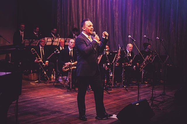 Would You Look At That Horn Section Some Of The Uks Very Best Swingsinger Bigband Jazz Swing Singer Jaz Z Instagram