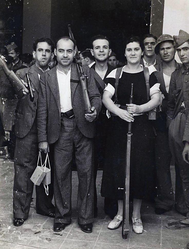 Milicianos en Madrid 1936.