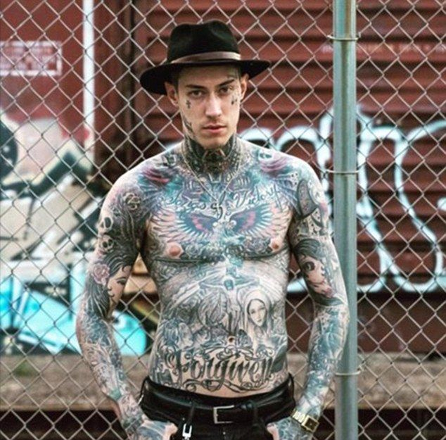 Tattooed Trace Cyrus cancels Canadian concert over border agents #dailymail