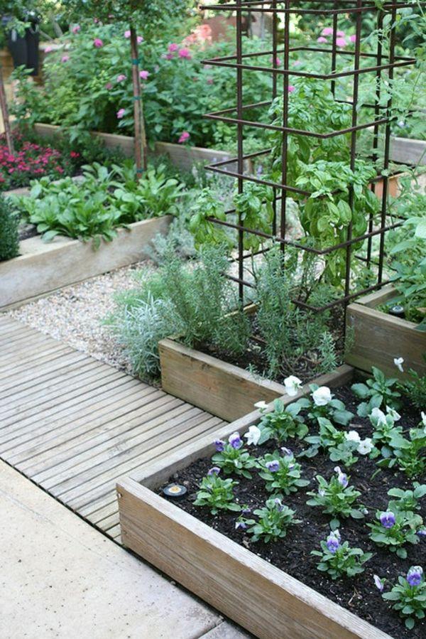 Gemüsebeet planen mit Holzkisten Holzweg