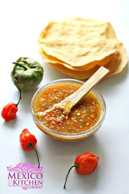 Habanero Salsa recipe/ 2 tomatillos, 2 habanero, salt