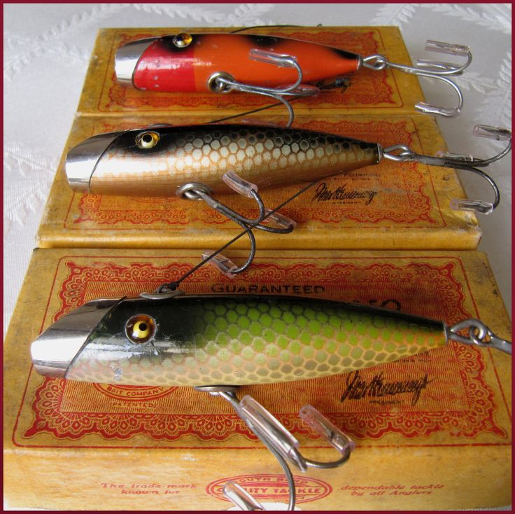 615 best fish lures images on pinterest vintage fishing for Antique fishing lures prices
