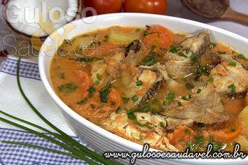 Quem ama peixe? Esta Corvina ao Molho de Coco é uma dica saudável, prática e super saborosa de #almoço!  #Receita aqui: http://www.gulosoesaudavel.com.br/2013/10/26/corvina-molho-coco/