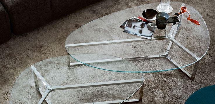 Tavolo riunioni vetro Raj di Gallotti & Radice, design Ricardo Bello Dias