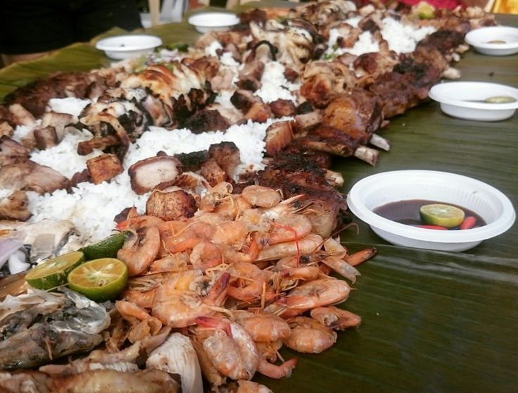 BOODLE FIGHT! smoked and grilled SHRIMP SQUID FISH CHICKEN PORK BELLY PORK RIBS with a very tasty sauce and dip!