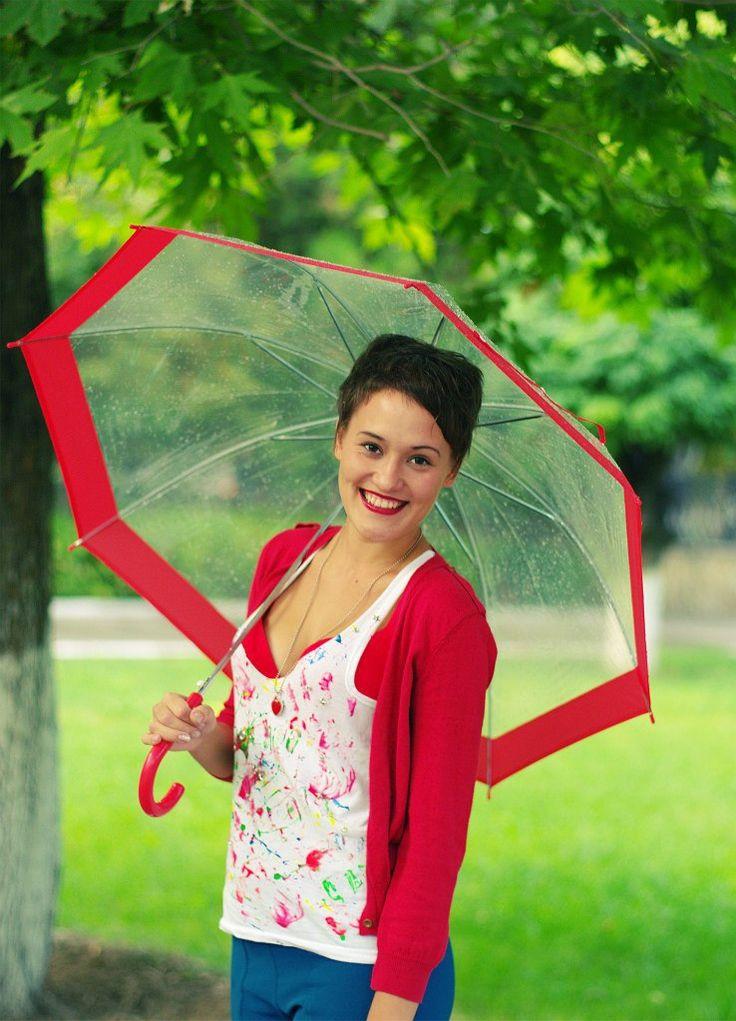 красный зонтик