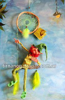 Atrapasueños con hamaca y duende articulado http://www.tirnanogatrapas.com.ar/seresmagicos