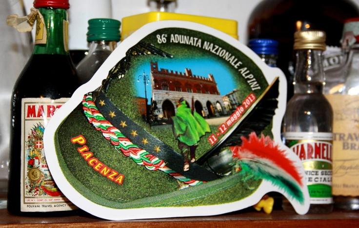La cartolina commemorativa della 86° Adunata Nazionale Alpini, quest'anno a Piacenza dal 10 al 12 maggio 2013