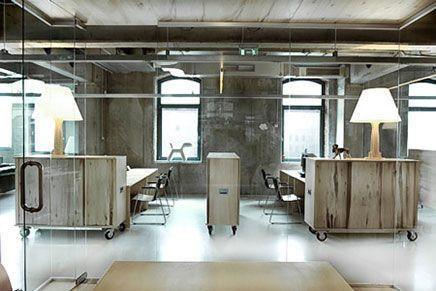 industriële kantoorinrichting   Kantoor van reclamebureau Headvertising   Inrichting-huis.com