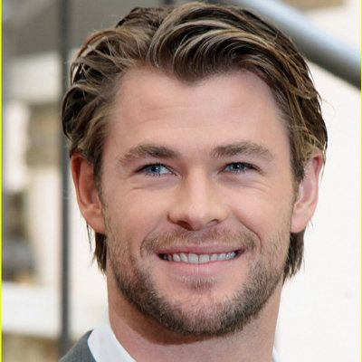 Chris Hemsworth wiki, affair, married, Gay with age, height, actor, Thor,