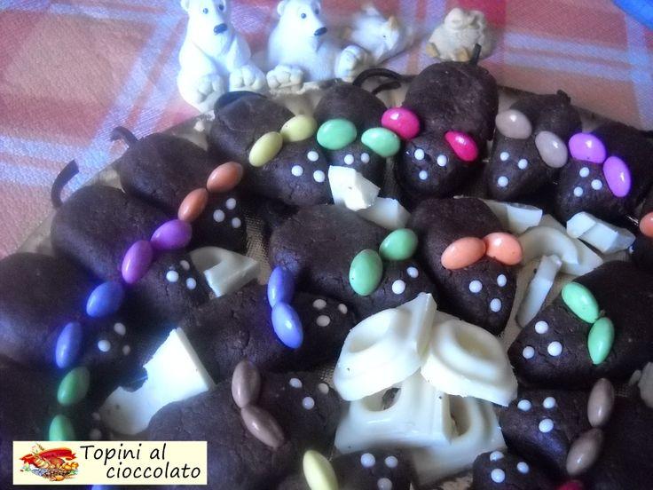 Topini al cioccolato. Deliziosi e simpatici dolcetti preparati per il buffet di compleanno di un bimbo. Ottimi da gustare, il bimbo ha gradito e apprezzato.