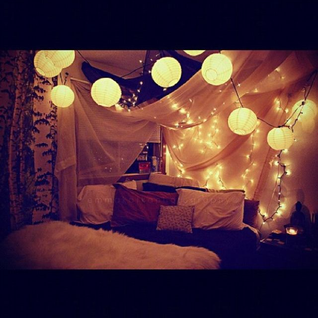 Looks like a fort and I love forts :)