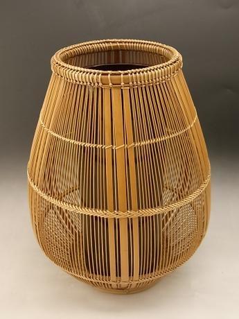 JAPANESE 20TH CENTURY BAMBOO BASKET BY MAEDA CHIKUBOSAI II