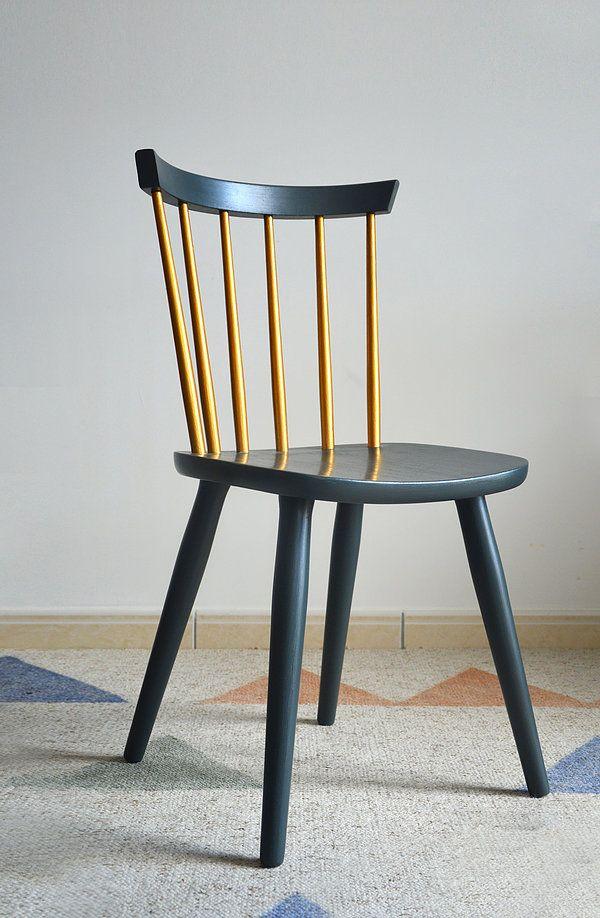 Les 25 meilleures id es de la cat gorie tabourets peints for Chaise a barreaux