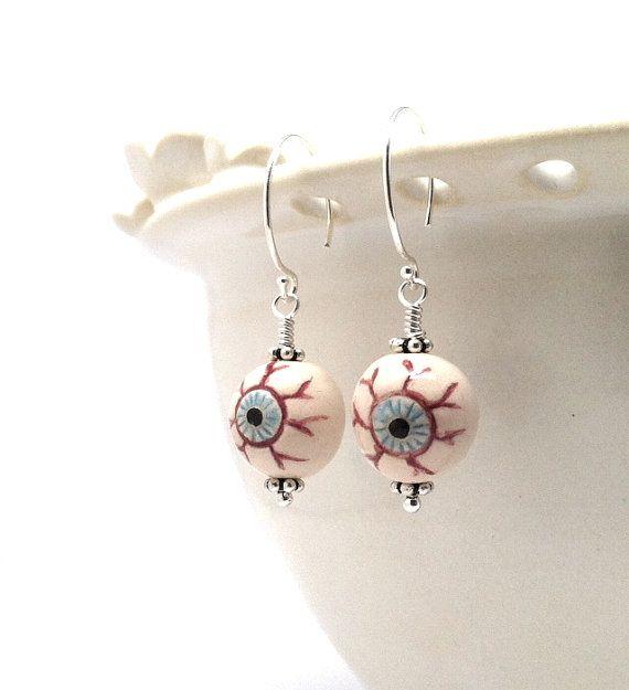 Eyeball Earrings: Halloween Jewelry