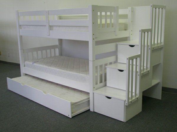 das richtige hochbett mit treppe im kinderzimmer weiß