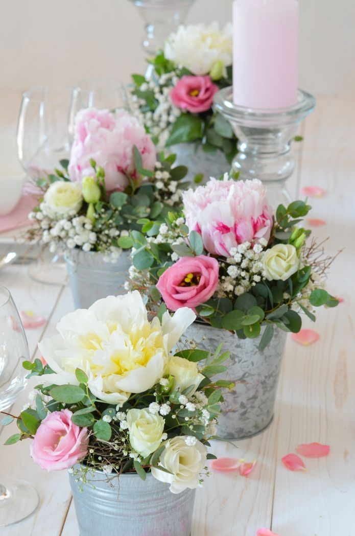 Make Table Decoration With Peonies Yourself Pink Wedding Part 3 Decoration Peonies Tabl Rosa Hochzeit Tischdekoration Hochzeit Blumen Tischdeko Hochzeit