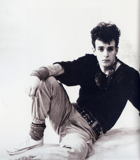 No entiendo la vida sin música, no entiendo la música sin este hombre, que nació un día como hoy, hace 54 años.