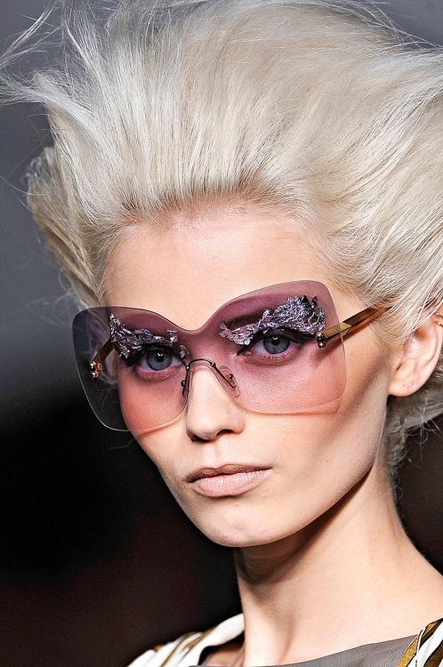 ZsaZsa Bellagio: Eye Fashion, Eye Shadows, Fendi Fashion, Branding Sunglasses, Nice Sunglasses, Buy Sunglasses, Bellagio Sunglasses, Eyewear Branding, Silver Eyebrows