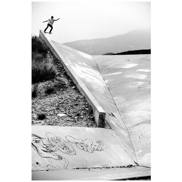 """@Vans Off The Wall's photo: """"Legendary Vans Pro Skateboarder and serious outdoorsman Geoff Rowley has a new side project dropping 07.04.13 @civilware #civilware #allthebest @geoffrowley photo: @Albert Acosta"""""""