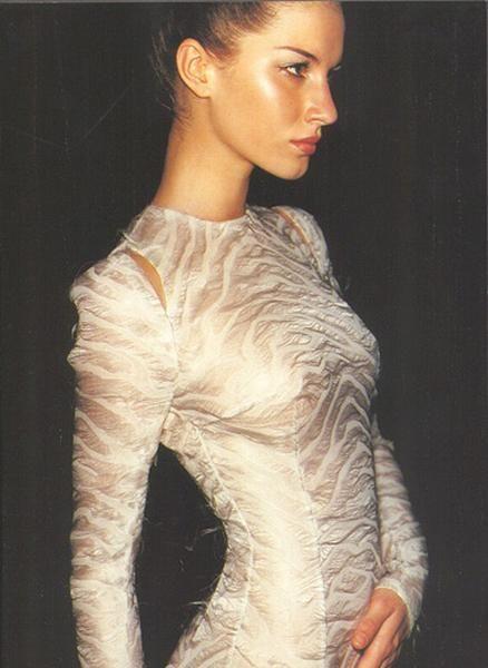 Gisele Bündchen for Versace (1998/99)