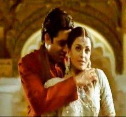 Aishwarya Rai with Abhishek Bachchan in the song Tere bina .... from Guru (2006) - A great melodious creation by A R Rahman.