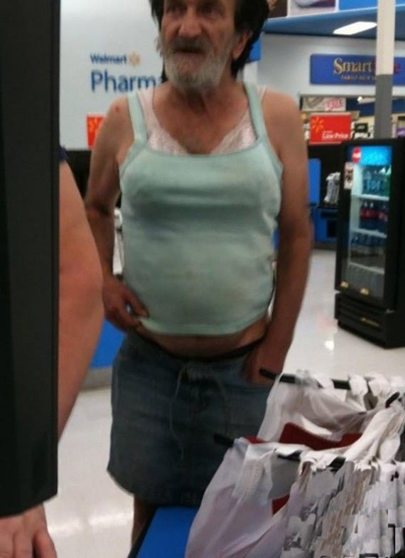 Funny People at Walmart by FunnyPica.com