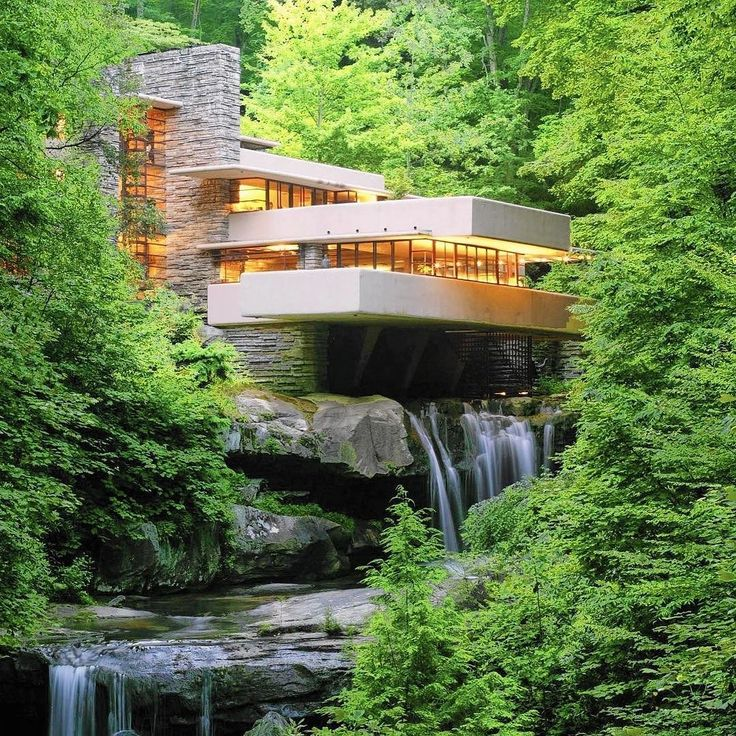 So I'm going to apologise in advance for the next couple of weeks of postings - if you are not into mid century American Architecture - look away now! The Little Brick Studio team is about to embark on an amazing American Architecture tour which includes visiting the stunning Fallingwater in Pennsylvania as shown in this image but also touring New York Chicago Wisconson and Washington to get a glimpse of both modern and historical structures...... we will be back to normal project postings…