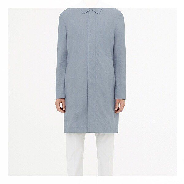 Fall is coming and so are minimalistic clothes from COS. Swedish Quality as we love it.
