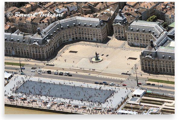 Bordeaux le miroir d'eau des quais : 33-bordeaux.com