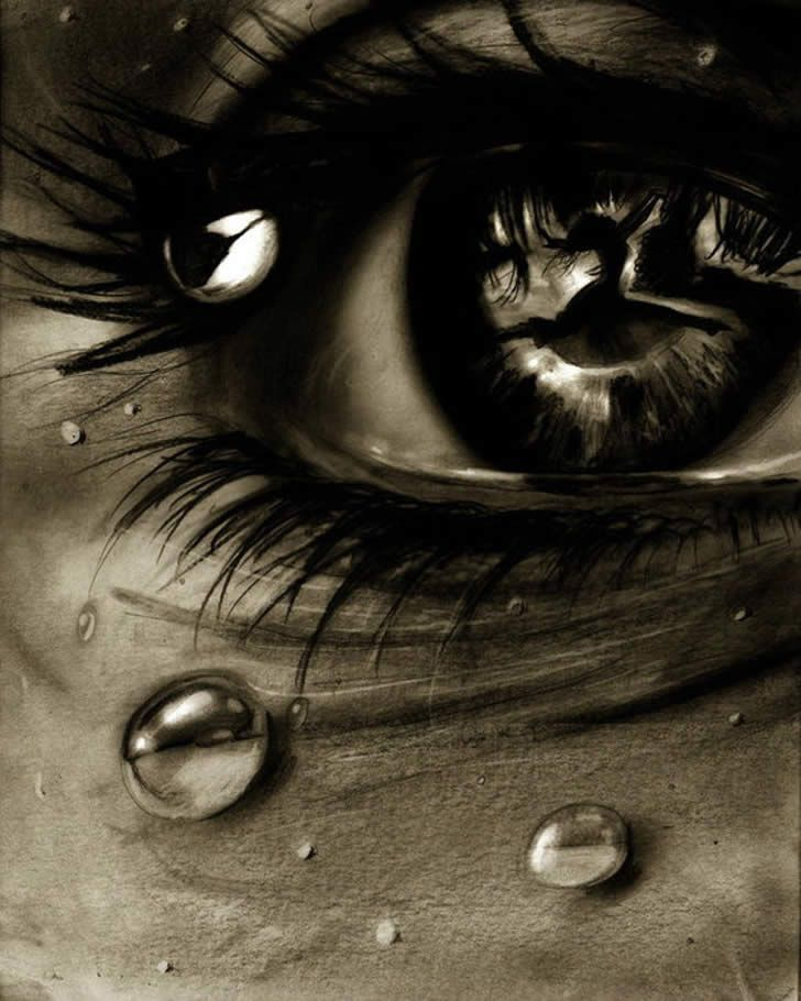 Realistic eye with water drawing