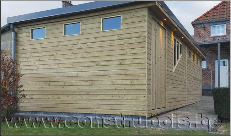Best 25 garage bois toit plat ideas on pinterest garage for Garage prefabrique bois prix