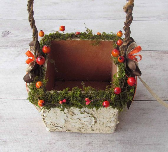 Orange Berry and Moss Decorated Square Birch Flower от justanns