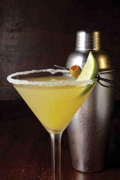 yesssssssssssss ;)    My all time favorite Margarita, I know that Applebees has changed their  margarita recipe because they removed Patron and replaced it with 1800  Reposado tequila, as if people would not be able to tell the difference.  But after mixing it myself I have come up with the