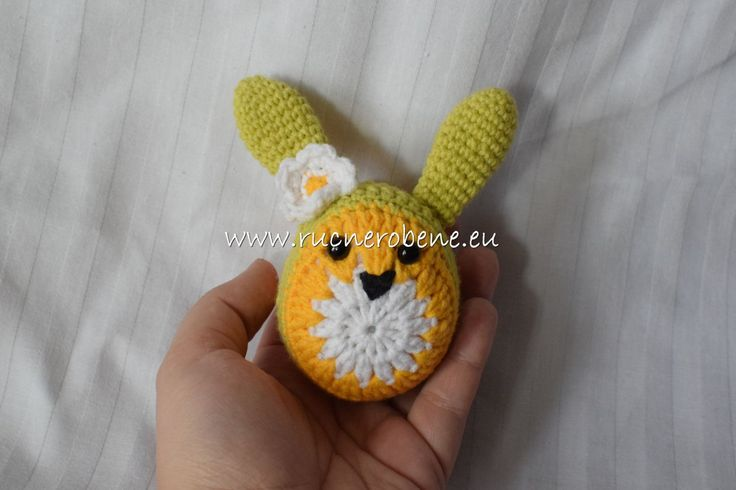 Crochet easter bunnies by RucneRobene on Etsy
