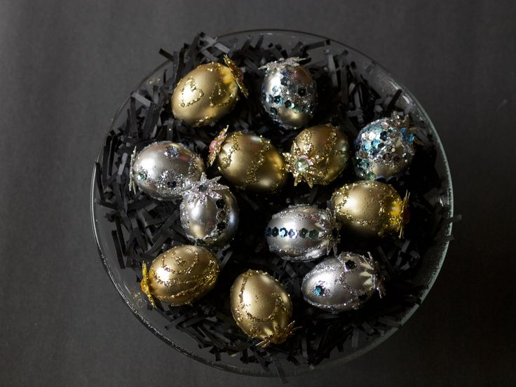 My classy looking Easter Eggs. Hollowed out eggs, spray paint, glitters, sequin and glue and some embellishment, plus gentle hands and patience.   HAPPY EGG HUNTING!