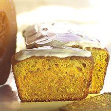 En saftig kaka med pumpa och morot, perfekt till kaffet!