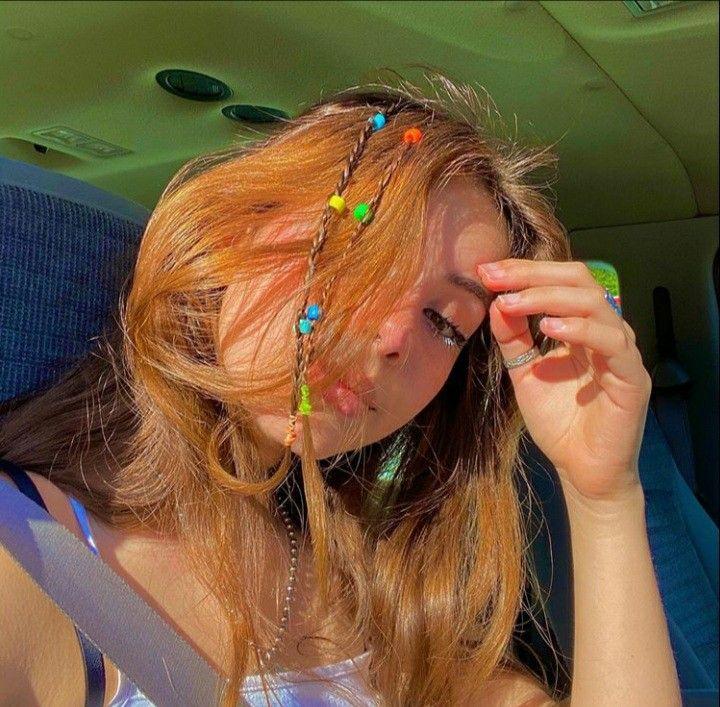 Indie Girl In 2020 Indie Hair Hair Styles Clip Hairstyles