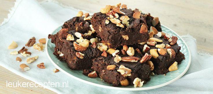 Een lekker smeuïge brownie die gezond is? Jazeker, met dit recept met zoete aardappel maak je een verantwoorde variant van je ultieme guilty pleasure.