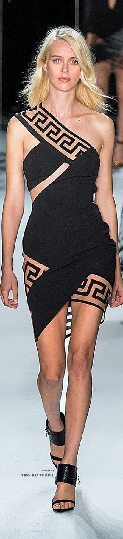 Modern Goddess / karen cox | Santorini | Versus Versace SS 2015 RTW | cynthia reccord