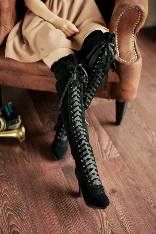 Batlace Clothing black knee-highs <3